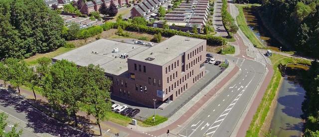 Q Bedrijfslocaties drone opname gemaakt voor bedrijfsfilm