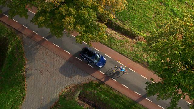 Telefoon in je zak Ogen op de weg Stichting Yannick Brace for impact