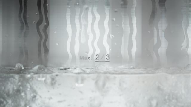 Tupperware CS Pressure Cooker Building up pressure boiling