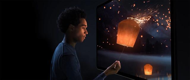 Dimenco VFX shot Interaction with man buildup 3